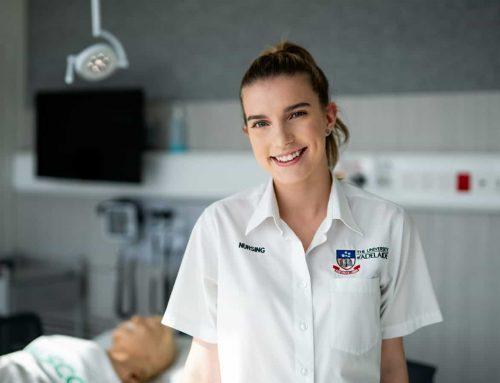 Mannikins  help nursing students gain experience